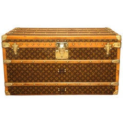 1930s Louis Vuitton Monogram Trunk, Malle Louis Vuitton