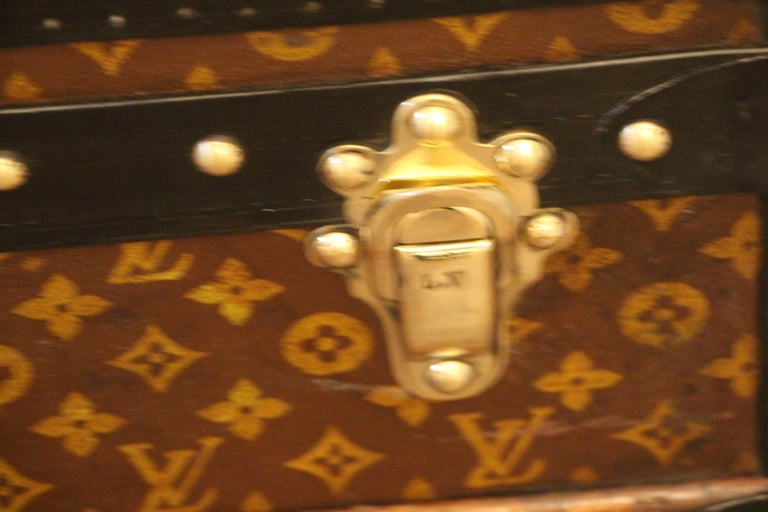 Mid-20th Century 1930s Louis Vuitton Trunk in Monogram Canvas, Louis Vuitton Steamer Trunk