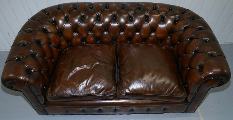1930s Made in England Hand Dyed Restored Cigar Brown 2-Seat Chesterfield Club For Sale 3