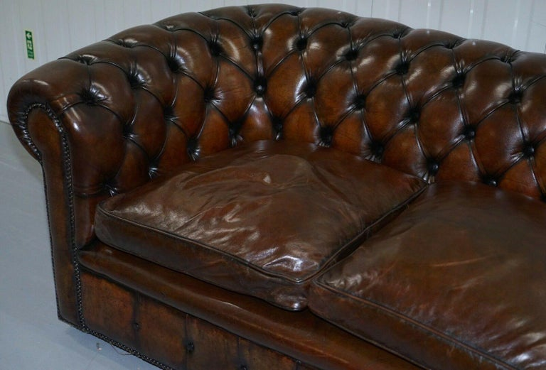 1930s Made in England Hand Dyed Restored Cigar Brown 2-Seat Chesterfield Club For Sale 2
