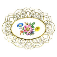 1930s Meissner Oval Flower Basket with Hand-Modeled Braided Ornament