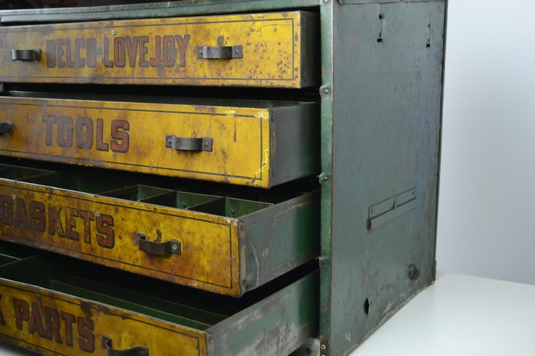 1930s Metal Garage Toolbox Cabinet With 4 Drawers For Sale