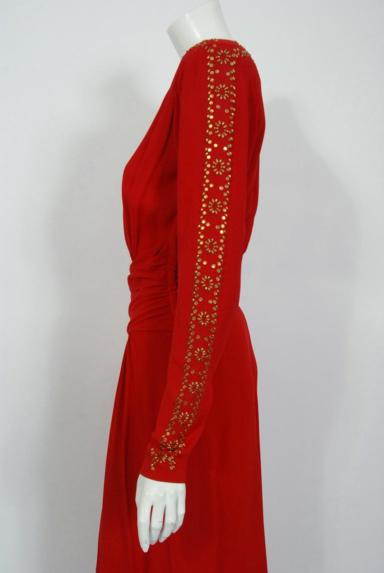 1930's Metallic Gold Studded Red Crepe Long-Sleeve Draped Couture Gown   For Sale 3