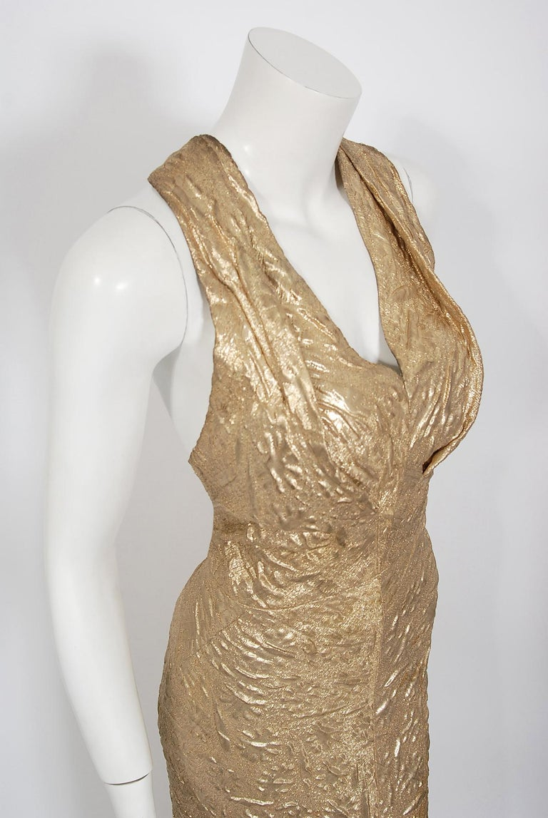 Brown 1930's Metallic Gold Textured Lamé Backless Bias-Cut Couture Evening Gown For Sale
