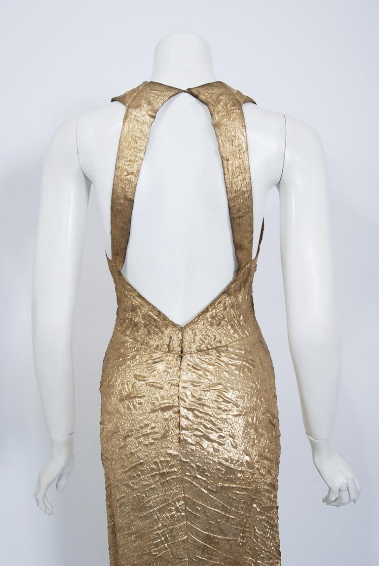 1930's Metallic Gold Textured Lamé Backless Bias-Cut Couture Evening Gown For Sale 3