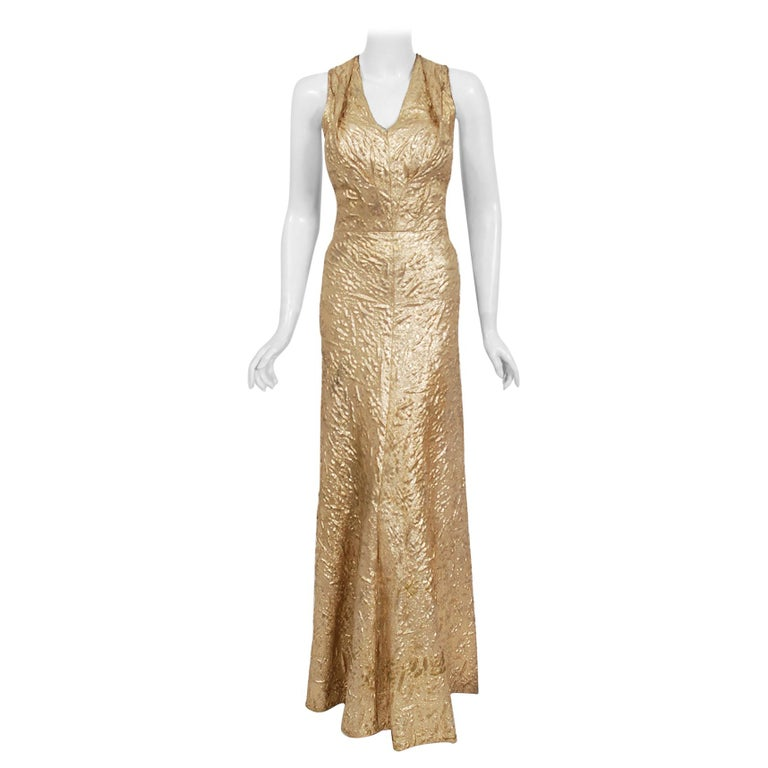1930's Metallic Gold Textured Lamé Backless Bias-Cut Couture Evening Gown For Sale