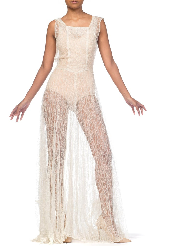 Women's 1930s Minimal White Lace Dress With Square Neckline For Sale
