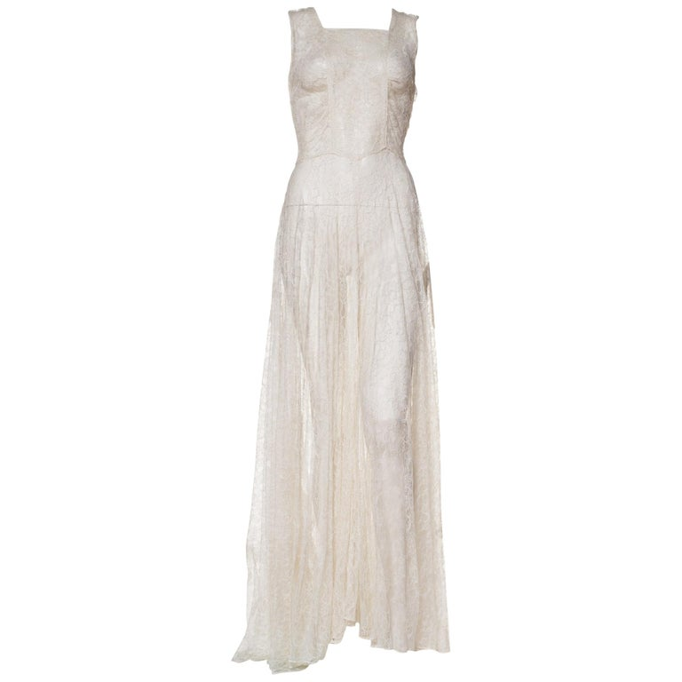 1930s Minimal White Lace Dress With Square Neckline For Sale