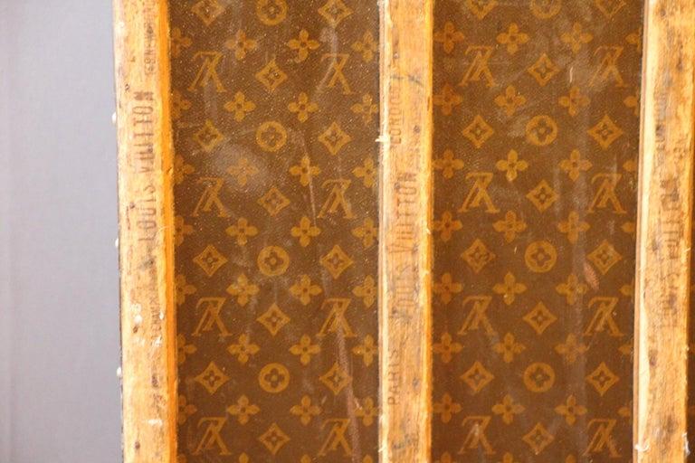 1930s Monogram Louis Vuitton Trunk For Sale 7