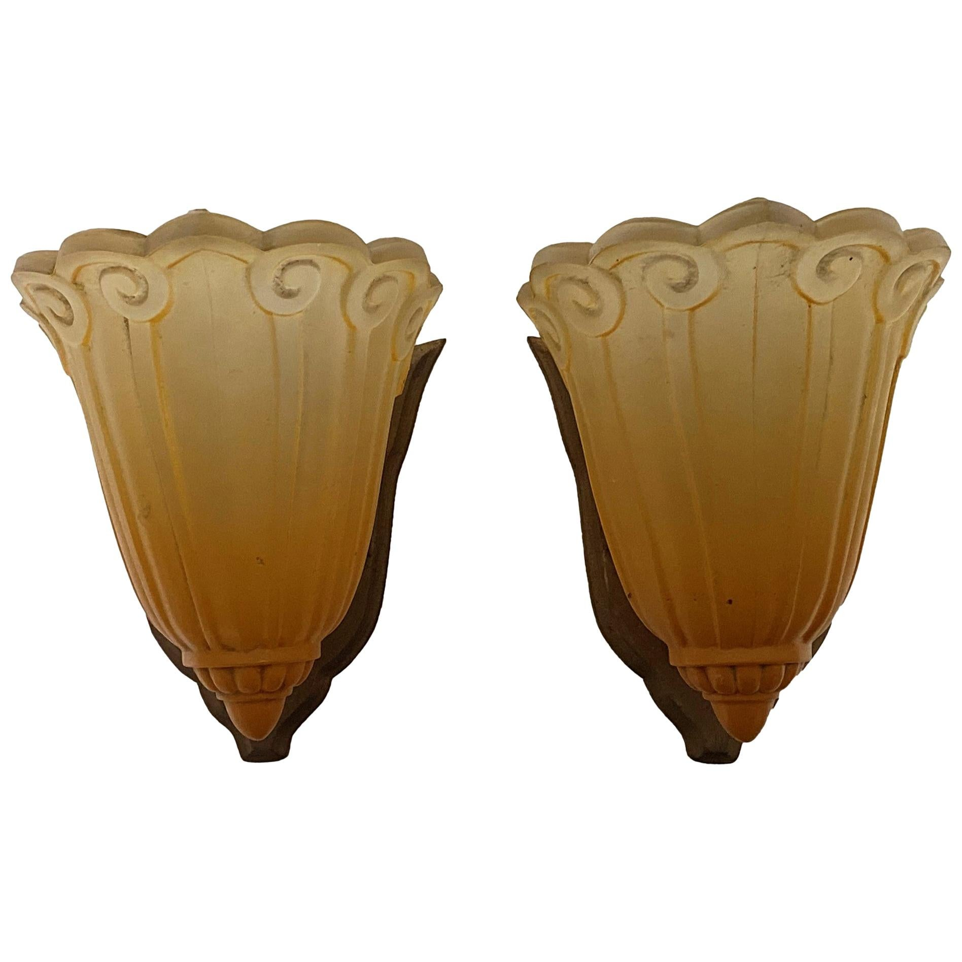 1930s Pair of Art Deco Wall Sconces, Amber Scalloped Glass