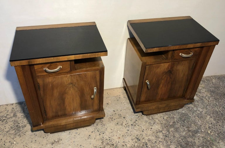 1930's pair of original Italian deco nightstands with black glass, right and left, in walnut.