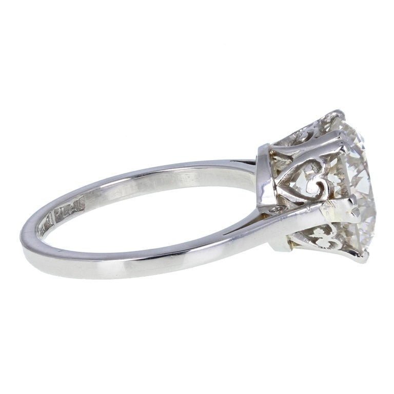 Round Cut 1930s Platinum 18 Carat White Gold 3.29 Carat Brilliant Cut Diamond Solitaire For Sale
