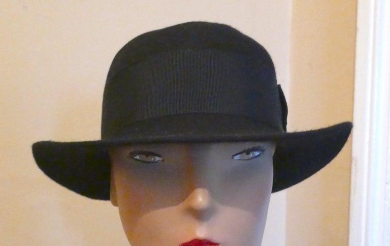 1930s Pre War Black Cloche Felt Hat  For Sale 2