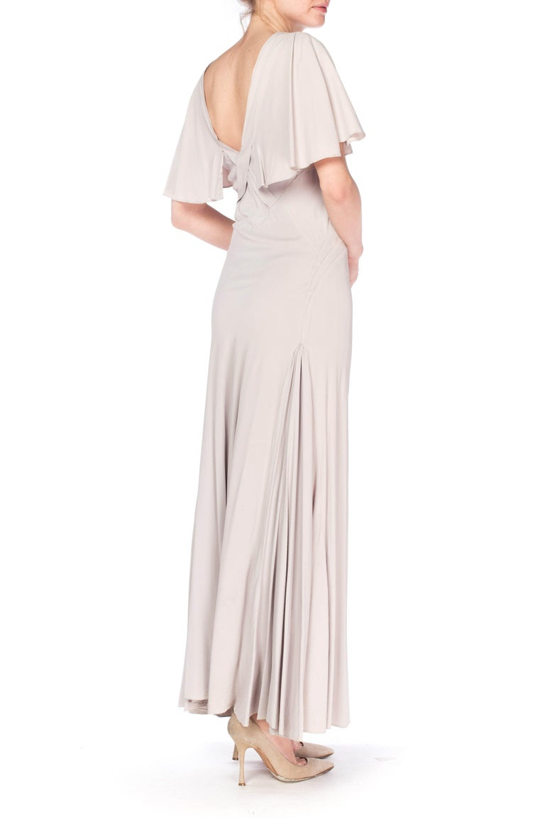 1930S Grey Rayon Crinkle Crepe Asymmetrical Flutter Sleeve Bias-Cut Gown For Sale 2