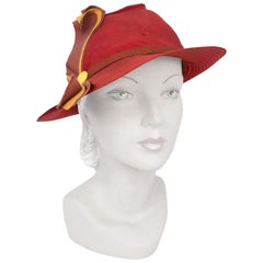 1930s Rust Colored Crepe Hat with Yellow Band and Topstitch Details