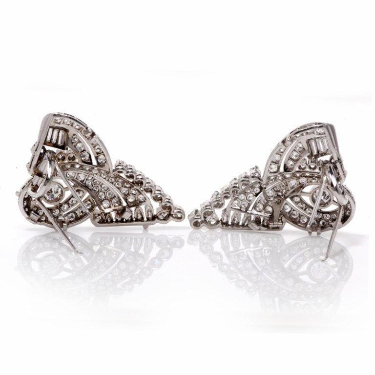 1930s Scroll Diamond Platinum Double Clip Pin Brooch In Excellent Condition For Sale In Miami, FL