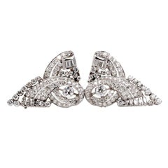 1930s Scroll Diamond Platinum Double Clip Pin Brooch