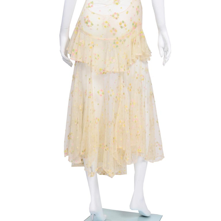 1930s Sheer Vintage Net Lace Dress w Butterfly Sleeves Embroidered w Flowers For Sale 10