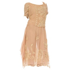 1920S Blush Pink Silk Mousseline & Hand-Made Ecru Filliet Lace Dress