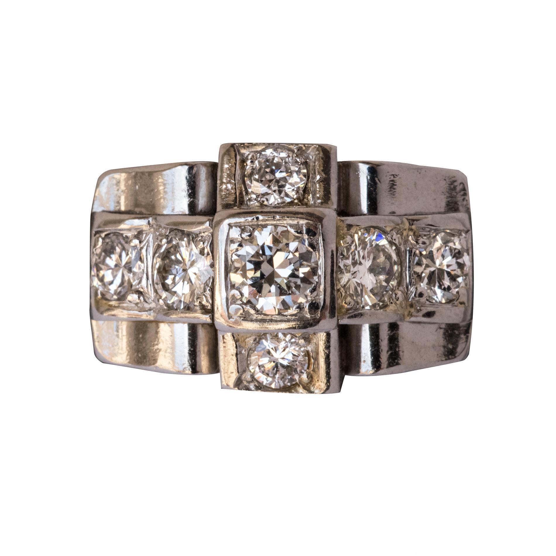 1930s Splendid French Art Deco Diamond Platinum Ring