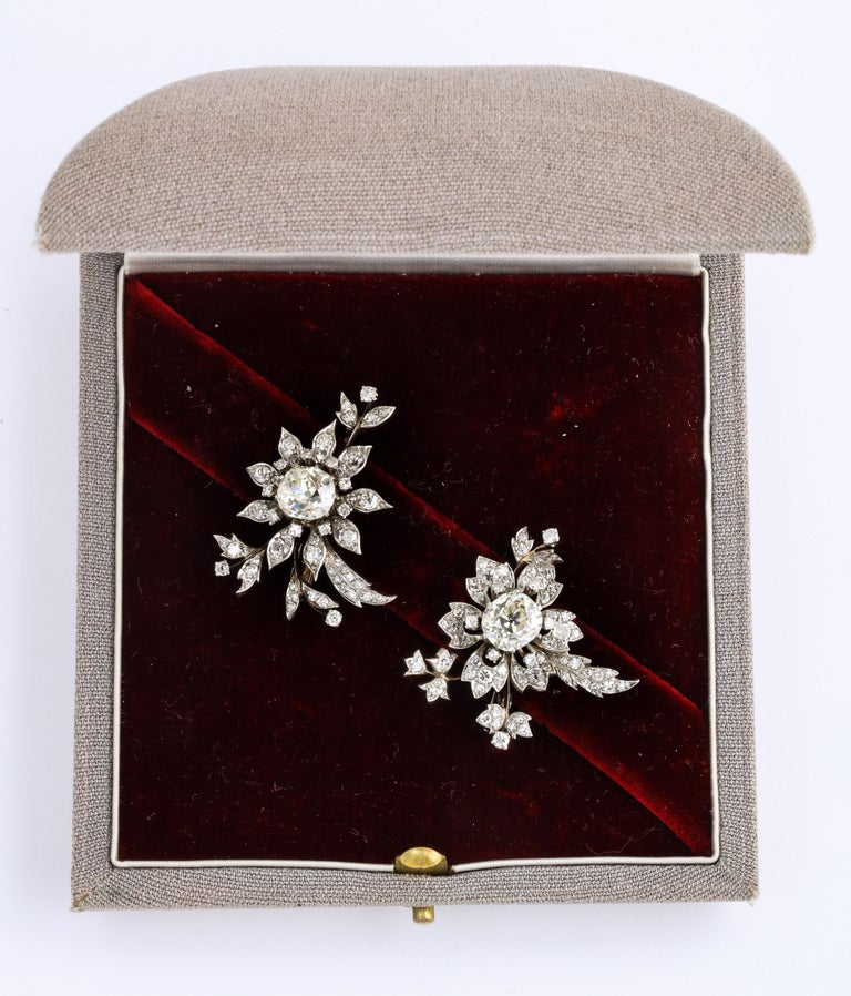 1930s Stamped E. Serafini Old European Cut Matching Diamond Pins In Good Condition For Sale In New York, NY