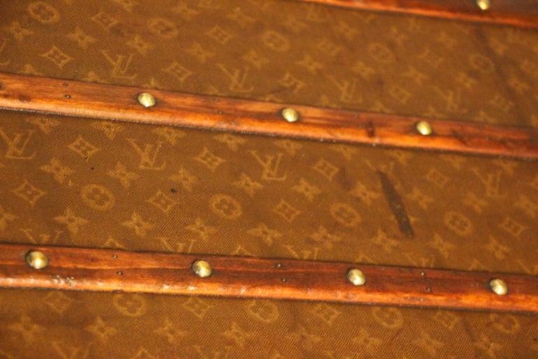 1930s Stenciled Monogram Louis Vuitton Trunk, Malle Louis Vuitton For Sale 8