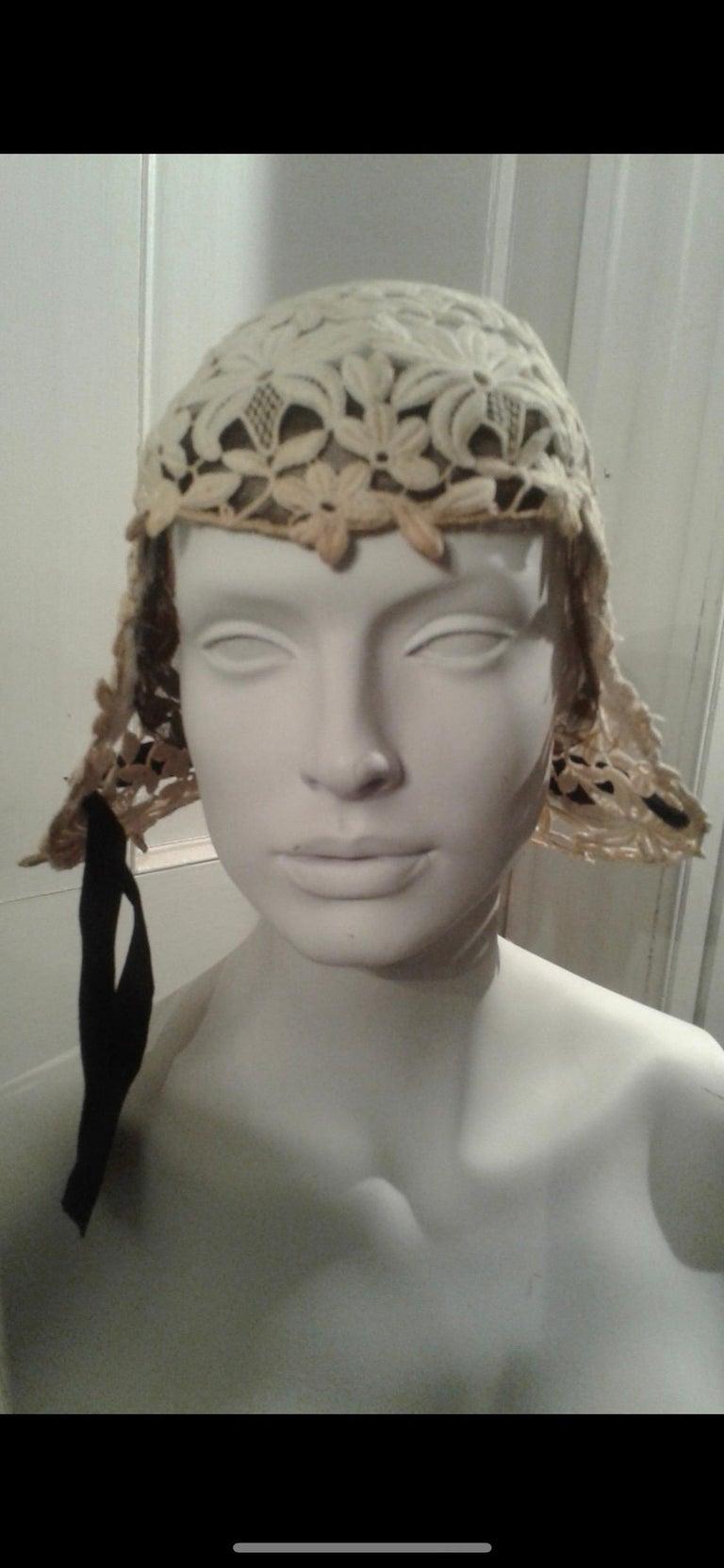 Gray 1930s Suzanne Rémy Belgian Lace Art Deco Style Helmet Cloche Wedding Hat  For Sale