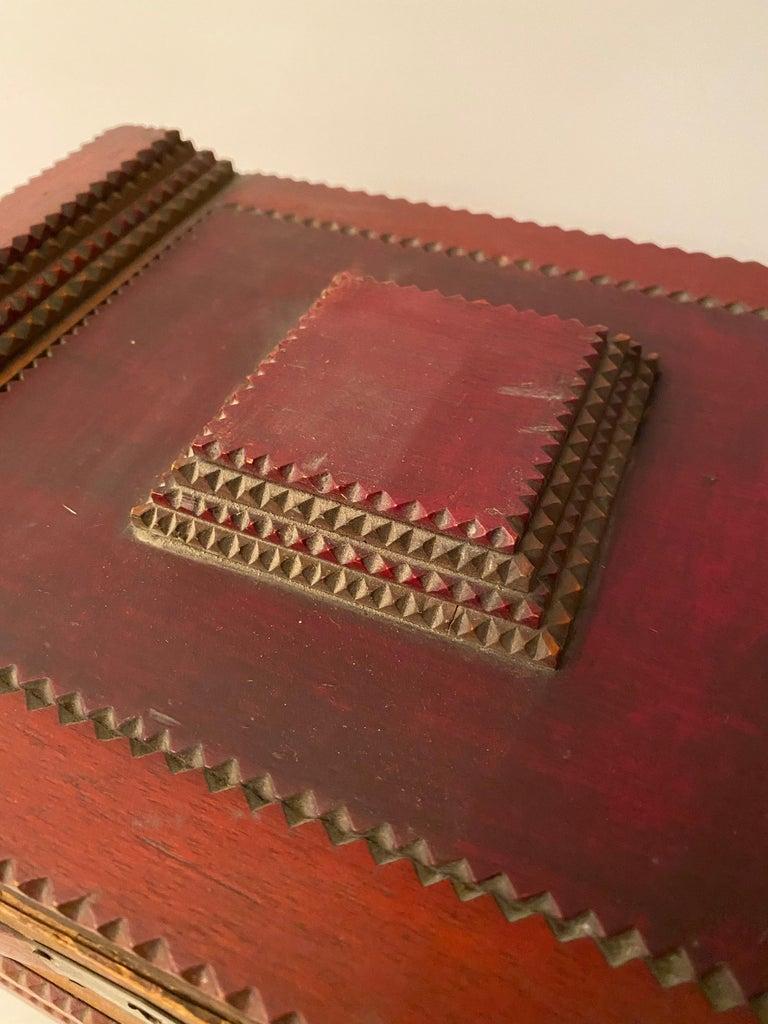1930s Tramp Art Keepsake Box For Sale 1