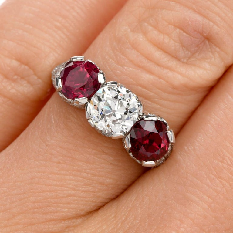 Art Deco 1930s Vintage Ruby Diamond Three-Stone Platinum Three-Stone Ring For Sale
