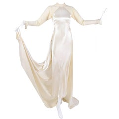 Wedding Gown Vintage Dress in Champagne Silk Satin With Lace and Train, 1930s