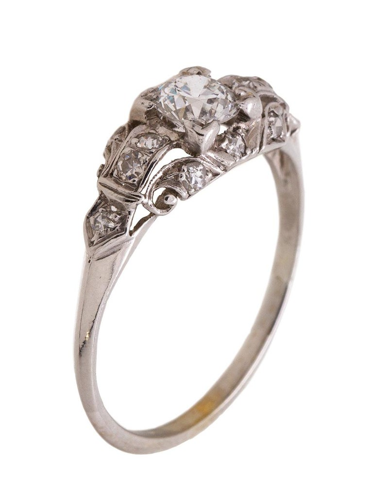 Art Deco 1930s White Gold and Diamond Engagement Ring 0.46 Carat Old European Cut For Sale