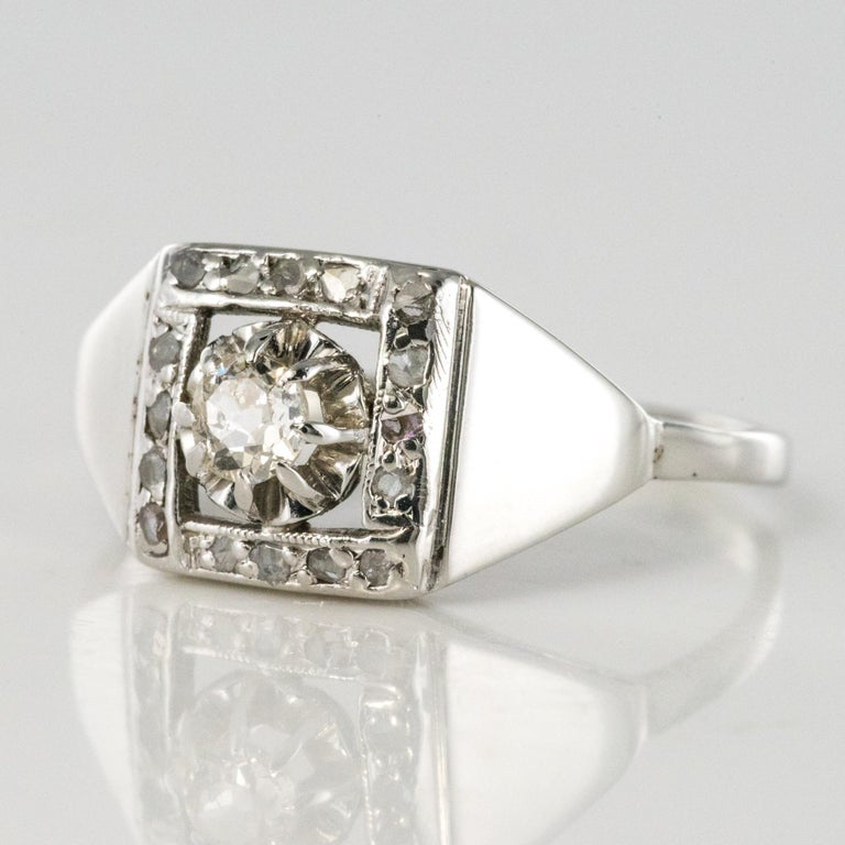 1930s White Gold Platinum Diamond Art Deco Ring For Sale 2