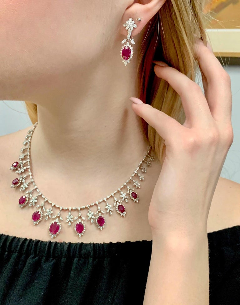 19.32 Carat Ruby Diamond Necklace Set For Sale 5
