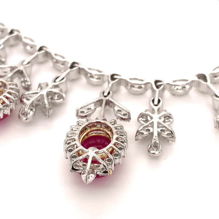 Contemporary 19.32 Carat Ruby Diamond Necklace Set For Sale