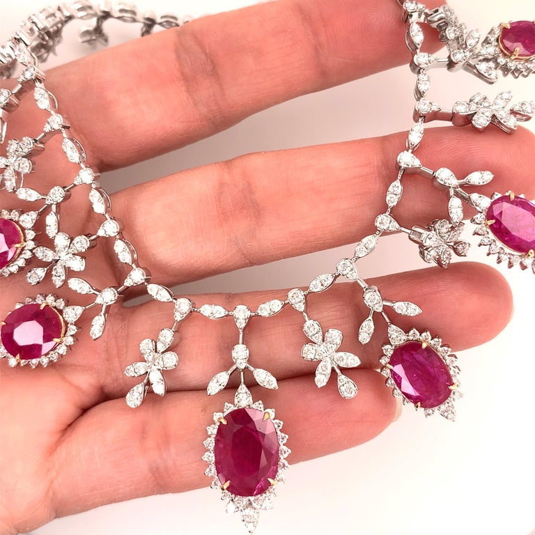 19.32 Carat Ruby Diamond Necklace Set For Sale 2