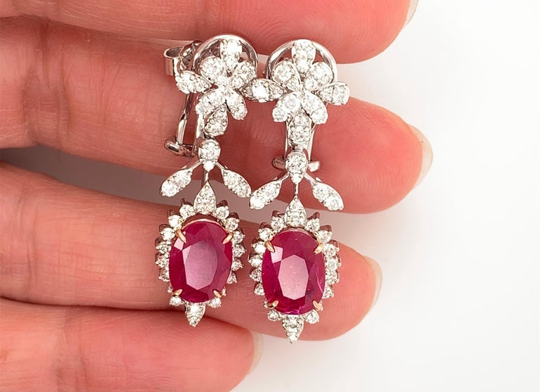 Women's or Men's 19.32 Carat Ruby Diamond Necklace Set For Sale