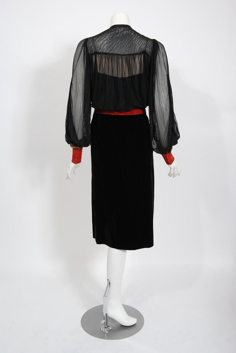 1935 House of Worth Haute-Couture Beaded Velvet & Silk Illusion Belted Dress For Sale 2