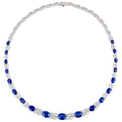 19.36 Carat Oval Cut Blue Sapphire and 10.47 Carat White Diamond Necklace