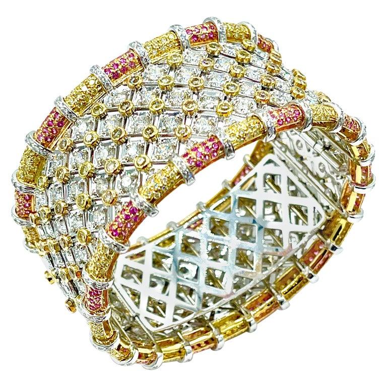 19.36 Carat Round Brilliant Diamond and Pink Sapphire 18K Gold Cuff Bracelet For Sale