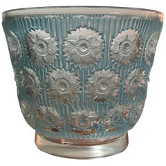 1937 René Lalique Edelweiss Vase in Frosted and Blue Stained Glass, Flowers