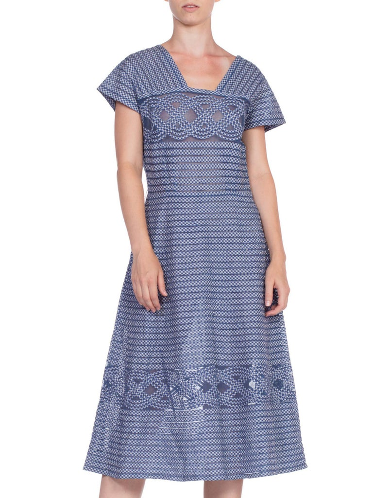 1940/50's Cotton Gingham On Net Fit And Flare Dress For Sale 2