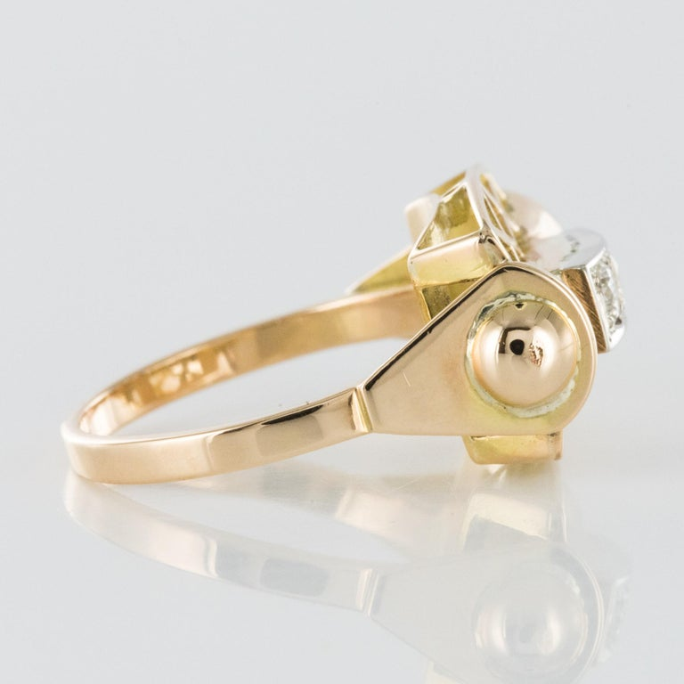 1940s 0.20 Carat Diamond Yellow Gold Retro Ring For Sale 3