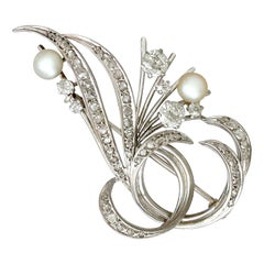 1940s 1.10 Carat Diamond and Pearl White Gold Brooch