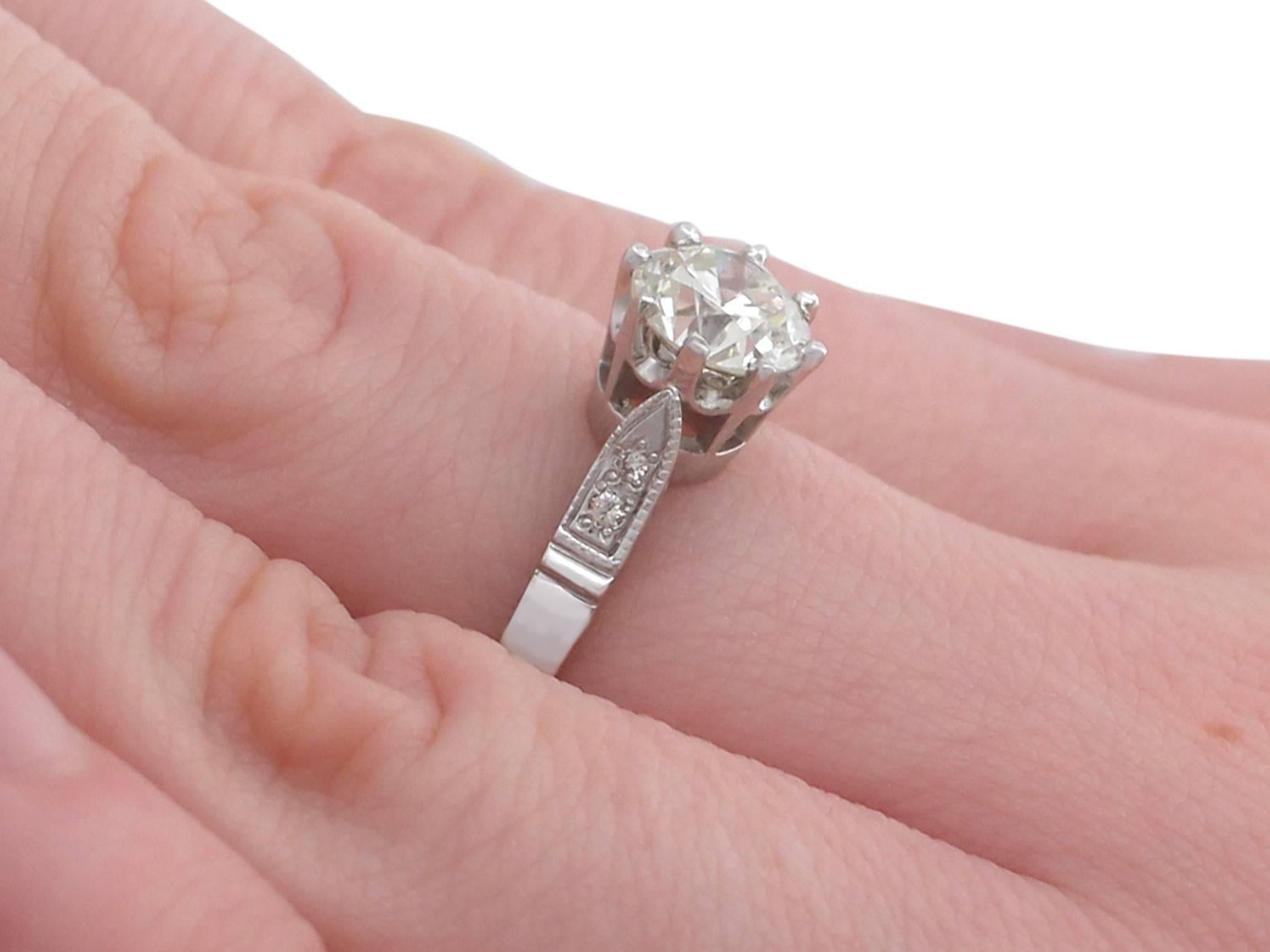 1940s 1.25 Carat Diamond and Platinum Solitaire Ring For Sale at 1stdibs