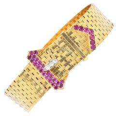 1940s 1.37 Carat Ruby Diamond 14 Karat Gold Jarretière Buckle Link Bracelet