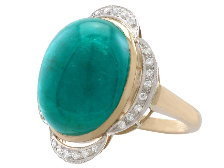 1940s 14.5 Carat Emerald and Diamond Yellow Gold Cocktail Ring In Excellent Condition For Sale In Jesmond, Newcastle Upon Tyne