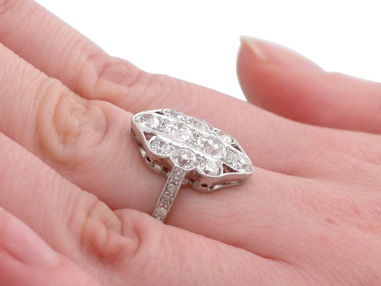 1940s 2.85 Carat Diamond Gold Cocktail Ring For Sale 2