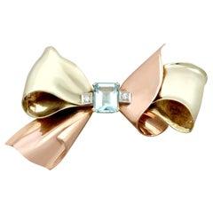 1940s 3.26 Carat Aquamarine Diamond Gold 'Bow' Brooch