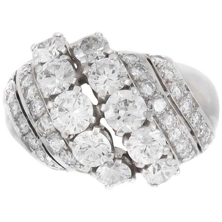1940s 6 Lines of Diamonds Ring For Sale