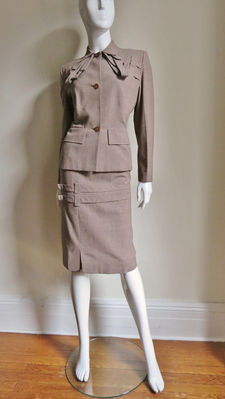 1940s Adrian Detail Skirt Suit For Sale 4